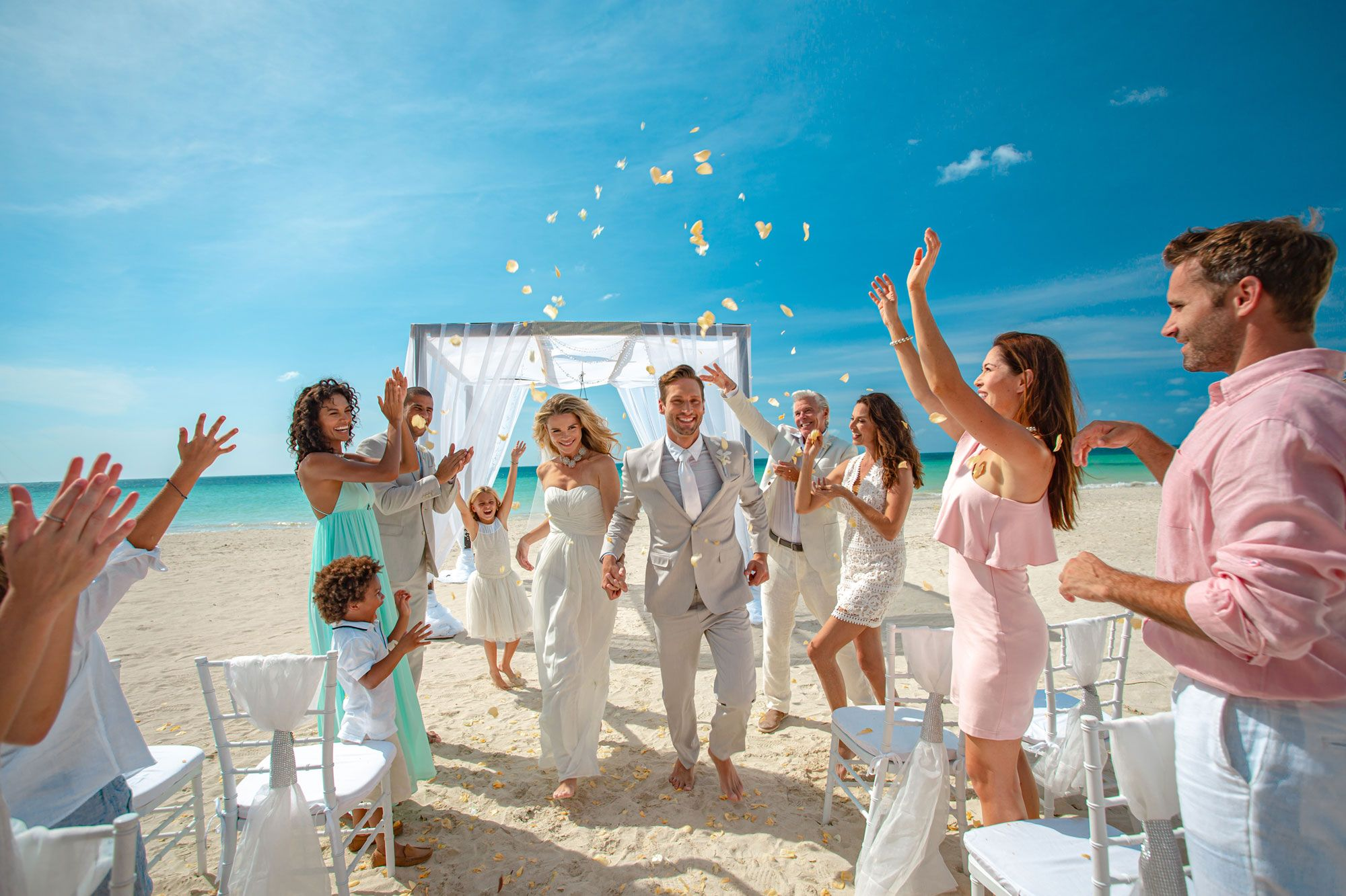 30+ Things To Consider When Planning a Beach Wedding