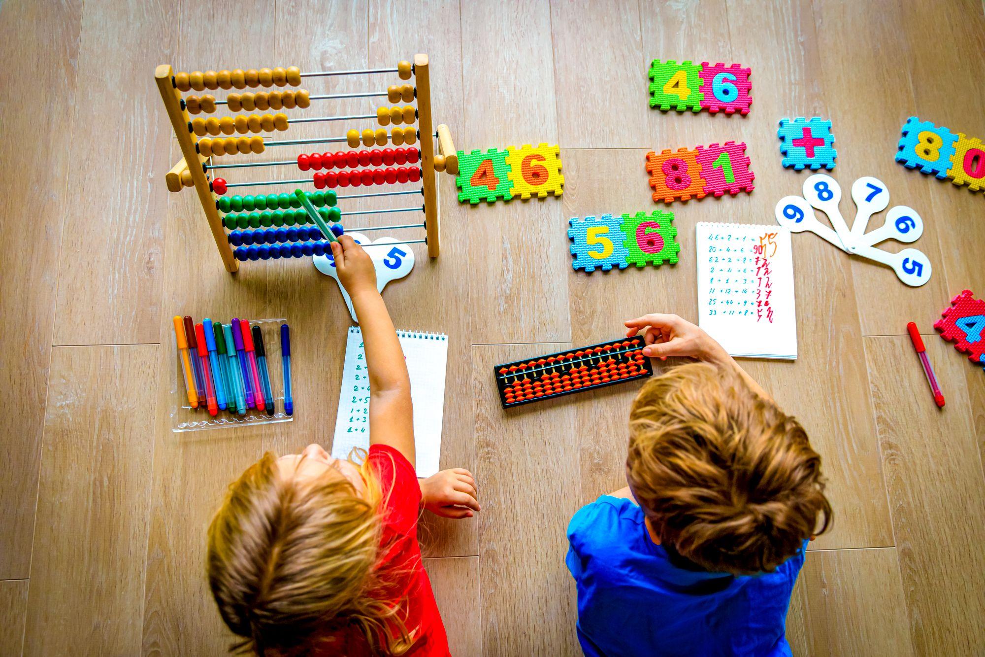 34 Educational Indoor Activities For Kids During Lockdown | BEACHES
