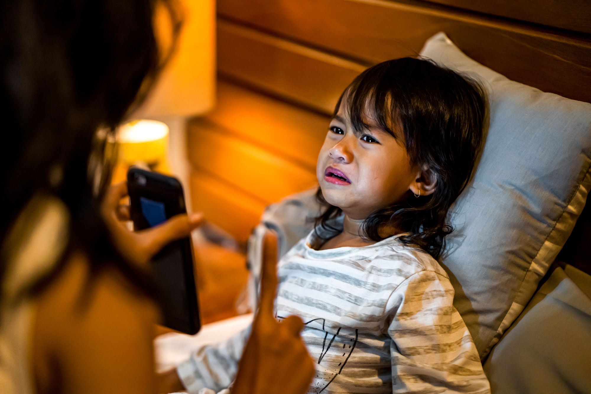 Parent Kid Strict Device Bedtime Screen Time