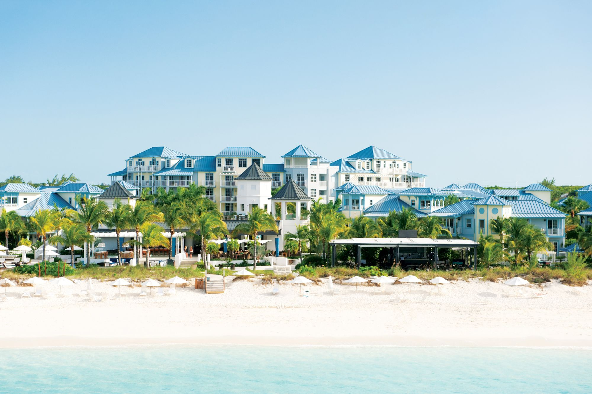 Sandals vs Beaches: Which All-Inclusive Resort Is Best For You?