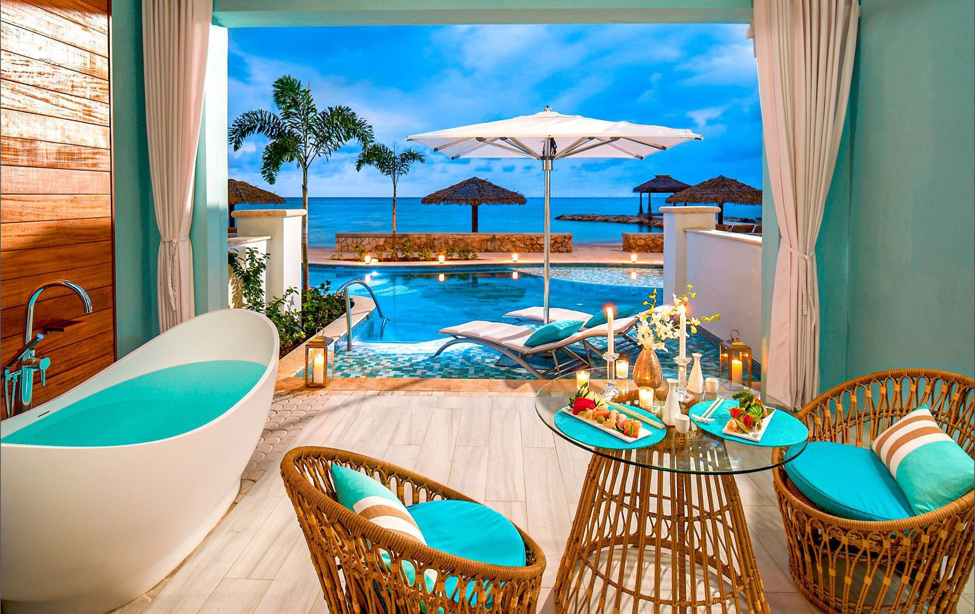 Beachfront Swim-Up Millionaire One-Bedroom-Butler Suite